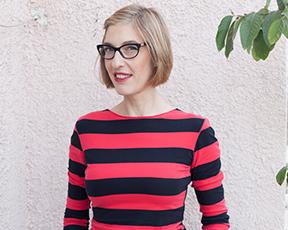 חולצה אחת, 24 דרכים ללבוש: הצצה לארונה של המעצבת
